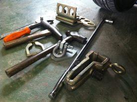 板金の工具 ハンマーやクランプなど