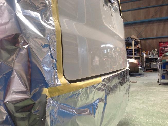 ステップワゴンのリヤゲート板金修理|塗装完了